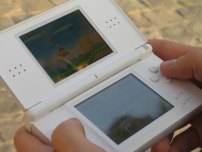 New Super Mario Bros Nintendo DSi- Por tiseb